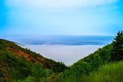 Туман на стороне горы Стоковые Фотографии RF
