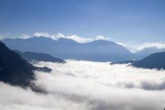 Туман осени в долине Loisach Стоковое Изображение