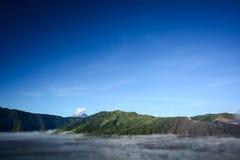 Туман покрыл плато стоковое изображение