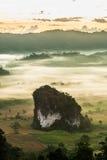 Туман утра над землей на Phulangka Стоковая Фотография RF