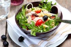 туна салата макаронных изделия стоковое изображение