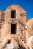 Тунис Medenine по мере того как в прошлом укреплено зернохранилища ghorfas части внутри ksar обнаруженного местонахождение medeni Стоковое Изображение