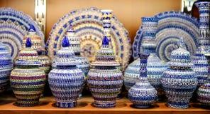 Турецкая керамика в грандиозном базаре, Стамбуле, Турции Стоковые Фото