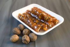 Турецкая сосиска грецкого ореха, изображения турецкого наслаждения грецкого ореха турецкого наслаждения, сделанные с мелассой и н Стоковые Изображения
