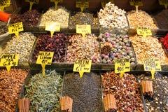 Турецкий базар специи в Стамбуле Стоковая Фотография RF