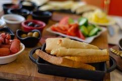 Турецкий завтрак на таблице, конце вверх стоковая фотография rf