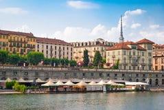 Турин (Турин), река Po и Murazzi Стоковое фото RF