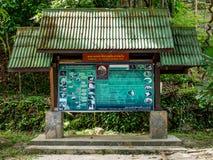 Туристическая информация подписывает на чем национальный парк Sadet на Koh Pha Стоковое Фото