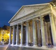 Туристическая достопримечательность Рима - известный пантеон стоковые фотографии rf
