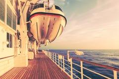 Туристическое судно и перемещение безопасности Стоковое Фото