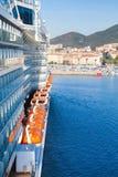 Туристическое судно пассажира входит в порт Аяччо Стоковые Фото