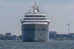 Туристическое судно Amadea плавает на Noordzeekanaal Стоковая Фотография