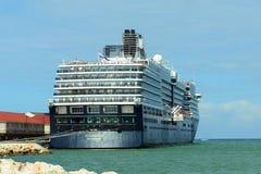 Туристическое судно Zuiderdam в ямайке Стоковое фото RF