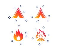 Туристские знаки располагаясь лагерем шатра Значки пламени огня r иллюстрация штока