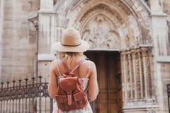 Туристские перемещения в Европе, экскурсионный тур стоковые изображения