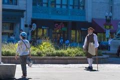 Туристский гид одел в костюме на общих Бостона Стоковые Фото