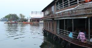 Туристский плавучий дом Alleppey Керала Индия видеоматериал
