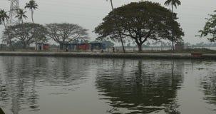 Туристский плавучий дом Alleppey Керала Индия сток-видео