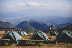 Туристский шатер на ландшафте внутри Стоковые Фотографии RF