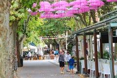Туристы в Марине Bellaria Igea курортного города, Римини, Италии Стоковые Изображения