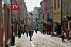 Туристы в улицах Праги Либерца Стоковые Фото