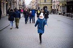 Туристы в Cracow Польше Стоковая Фотография