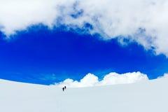 Туристы голубое небо и облака Стоковая Фотография RF