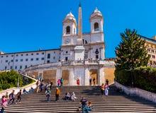 Туристы на испанских шагах в Рим Стоковое фото RF