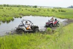 Туристы на Мотовездеходах На ATV Стоковые Изображения