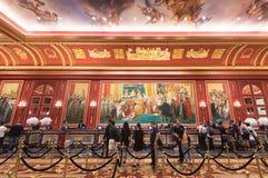 Туристы на парижской гостинице в Макао Стоковые Изображения RF