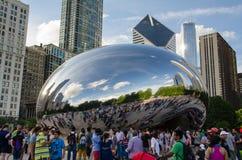 Туристы на парке тысячелетия Чикаго Стоковые Фото