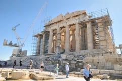 Туристы на Парфеноне, Афинах, Греции Стоковое Изображение