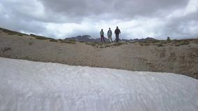 Туристы на пропуске в Альп акции видеоматериалы