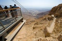 Туристы на Masada стоковое фото rf