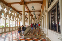 Туристы посещая известную венецианскую гостиницу в Лас-Вегас - ЛАС-ВЕГАС - НЕВАДЕ - 22-ое апреля 2017 стоковое изображение rf