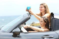 Туристы принимая фото во время перемещения лета Стоковое фото RF