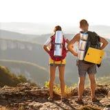 Туристы - люди в горе Стоковые Фотографии RF