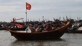 Турист Вьетнам удить шлюпок видеоматериал
