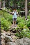 Турист в горах Стоковая Фотография RF