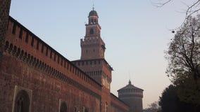 Турист на замке Sforzesco Стоковые Фото