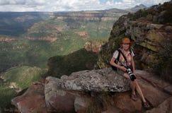 Турист на каньоне реки Blyde Стоковые Изображения RF