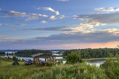 Турист на озере Стоковые Фото