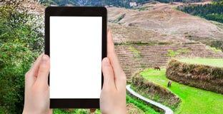 турист фотографирует террасы риса около Dazhai Стоковое фото RF