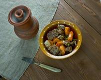 Тушёное мясо говядины бака глиняного кувшина Стоковое Изображение RF