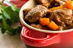 Тушёное мясо говядины с морковью Стоковая Фотография