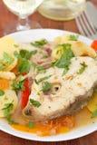 Тушёное мясо рыб на белой плите Стоковое фото RF