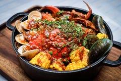Тушёное мясо clams, крабов и corns Стоковое Фото