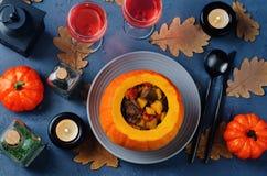 Тыква заполненная с мясом и овощами Стоковое Изображение RF