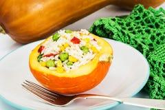 Тыква заполненная с овощами и рисом Стоковая Фотография RF