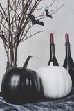 Тыквы и украшения хеллоуина Стоковое Изображение